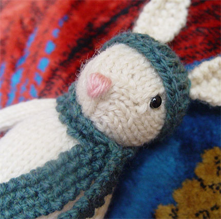 Genevie the Bunny knitting pattern PDF